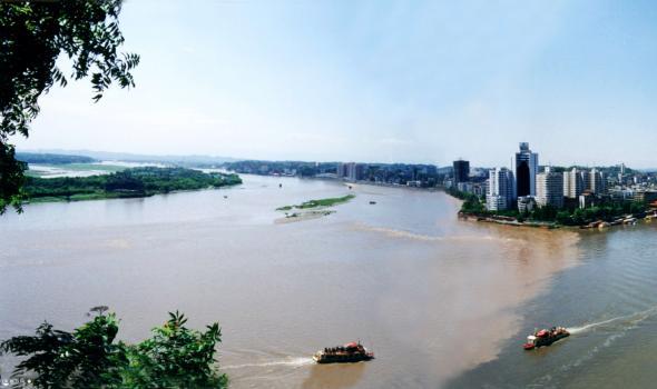 双节假期,乐山旅游繁荣有序,文旅经济稳步复苏